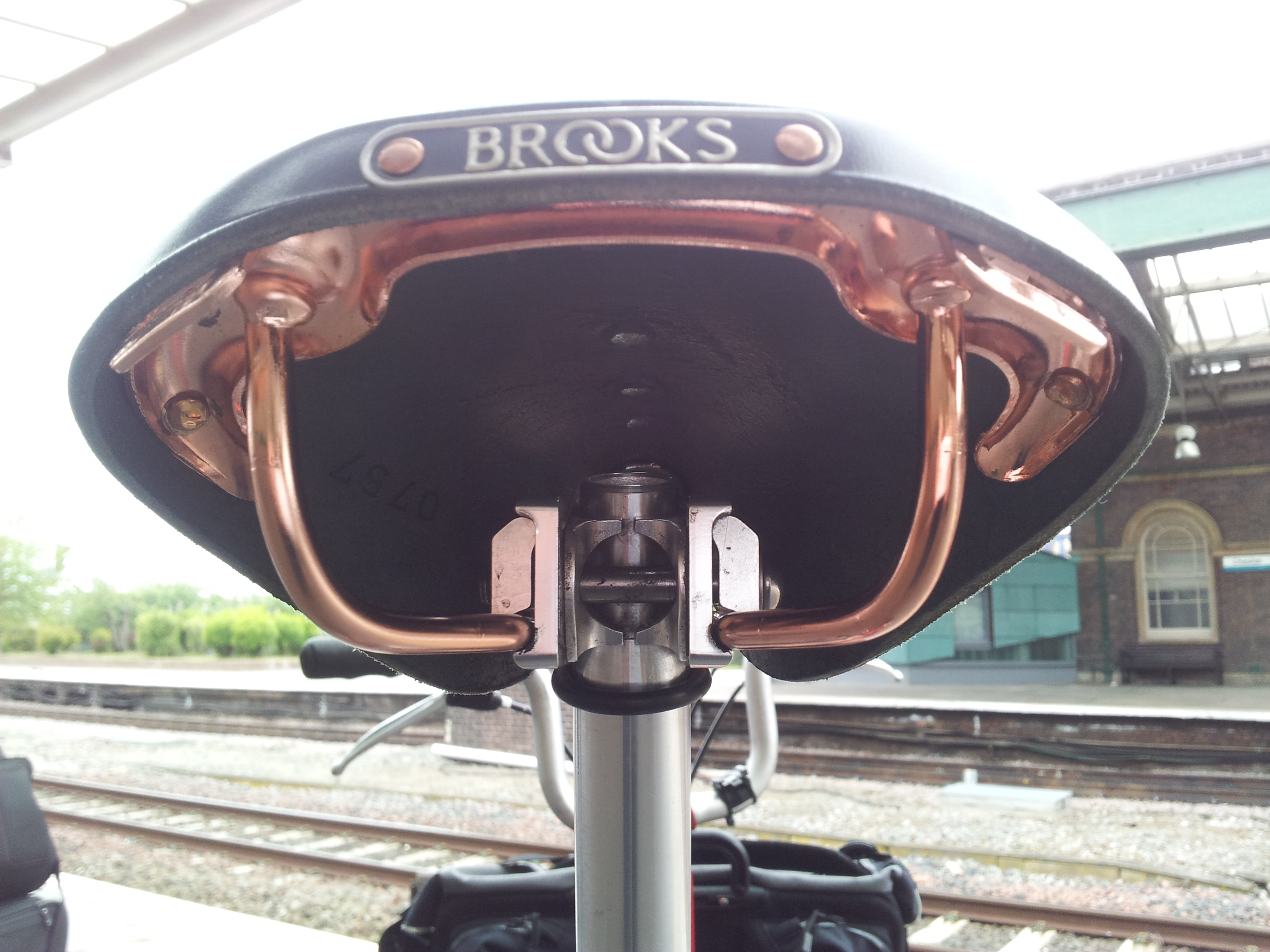 brooks b17 special saddle review
